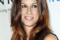 Alanis-morissettes-hairstyles-for-rectangular-faces-shapes-side